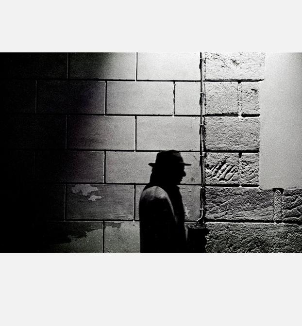 Bernard Cavanna, auteur, compositeur, cinéaste portrait nuit ombre